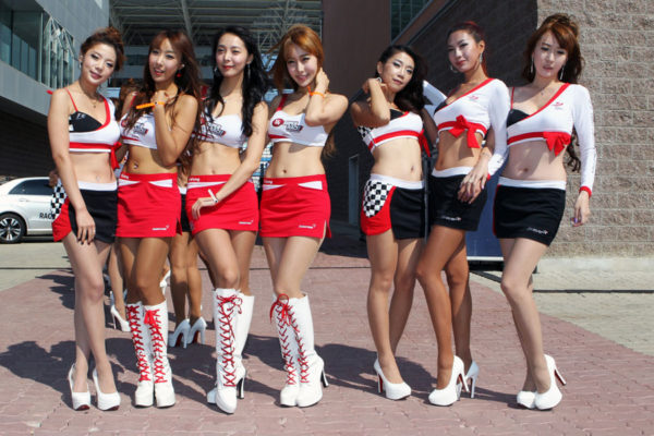 Asian-Grid-Girls 4